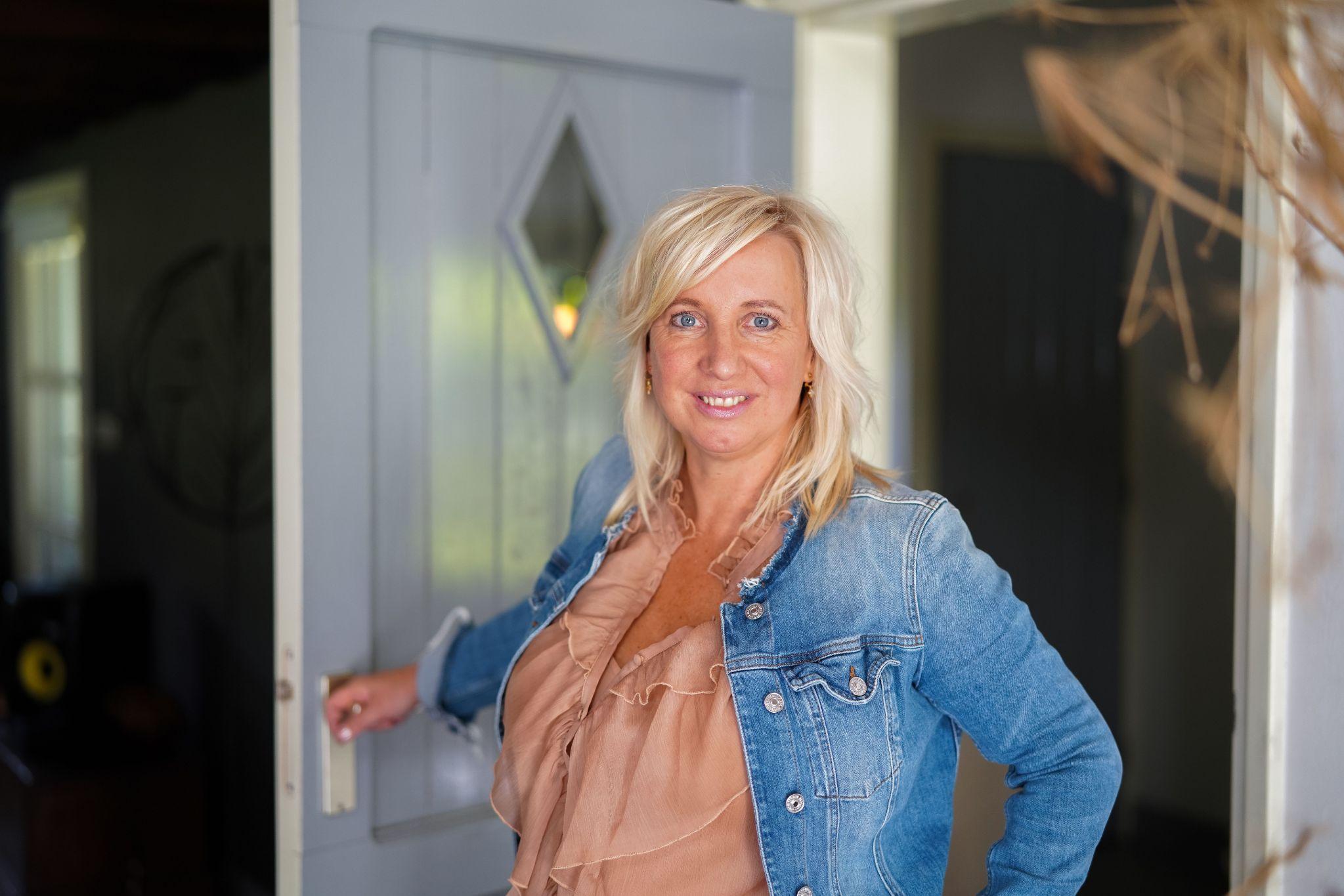 Smart Girls Ellen Joosten